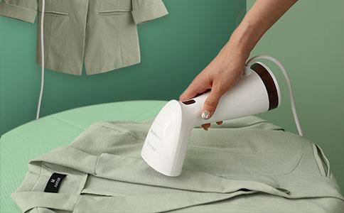 轻松去除衣服褶皱,购买家用烫衣服挂烫机前,你需要知道的事